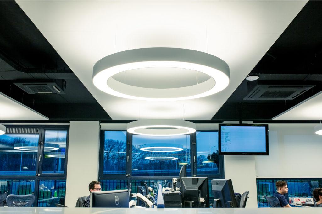 werkplek eiland - akoestisch zwevend plafond